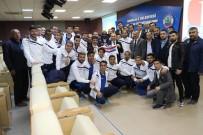 Kritik Maç Öncesi Başkan Saygılı Futbolculara Moral Yemeği Verdi