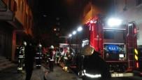 NENE HATUN - Tekstil Atölyesinde Yangın Çıktı Açıklaması Mahalleli Sokağa Döküldü