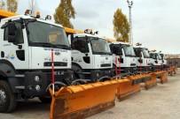 Van Büyükşehir Belediyesinin Karla Mücadele Ordusu Hazır