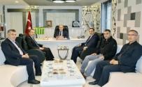 BAYRAK YARIŞI - AK Parti Belediye Başkan Adayı Kılınç, Başkan Kutlu İle Bir Araya Geldi