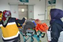 BETON MİKSERİ - Beton Mikserinin Çarptığı Yaşlı Adam Ağır Yaralandı
