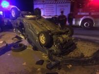 ALTıNOLUK - Edremit Ve Ayvalık'ta Kaza Açıklaması 2 Yaralı