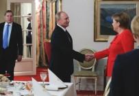 ANAYASA KOMİSYONU - Putin, Kerç Krizi İçin Merkel'le Anlaştı