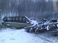 ZIRHLI ARAÇLAR - Rusya'da Askeri Araç Taşıyan Tren Devrildi
