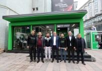 SAKARYASPOR - Başkan Toçoğlu Dükkan54'ü Ziyaret Etti