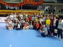 BEDEN EĞİTİMİ ÖĞRETMENİ - Bilecikli Öğrenciler, Burhan Felek Voleybol Salonu'nda Özel Misafirler Oldu