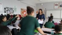 GENÇ ÖĞRETMEN - Burhaniye'de Dersi Öğrenciler Veriyor