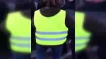 GÖZ YAŞARTICI GAZ - Fransız Polisi Eyleme Destek Vermek İsteyen Engelliyi Darp Etti