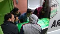 UZAKLAŞTIRMA CEZASI - Kocası Tarafından Öldürülen Kadın İle Oğlunun Cenazesi Alındı