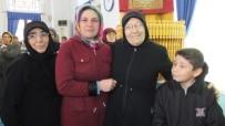 Kurada Umre Kazanan Genç Kadın Sevinç Gözyaşı Döktü
