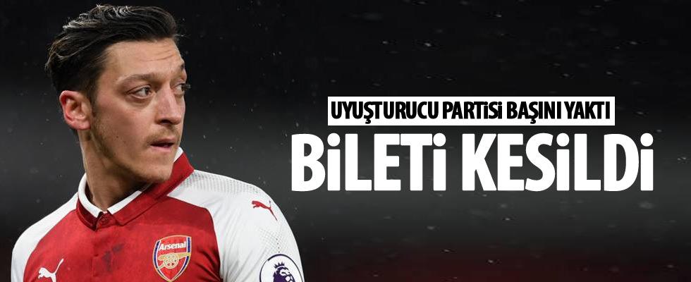 Mesut Özil'in bileti kesildi