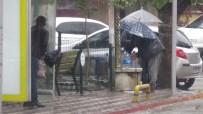 SU BASKINI - Sağanak Yağış Kuzey Ege'de Etkili Oluyor