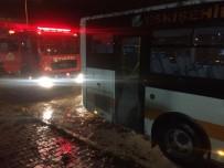 ŞEHİR İÇİ - Sürücünün Dikkati Yangının Büyümesini Önledi