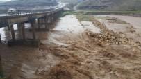 TİLLO - Adıyaman'da Sel Önüne Ne Kattıysa Sürükledi