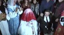 SOSYAL SORUMLULUK PROJESİ - AK Parti Kadın Kolları Engelli Çifti Evlendirdi
