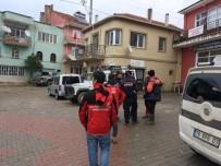 HUZUR MAHALLESİ - Aramalara Ara Verildi, Kayıp Kadından İz Yok