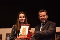 BOZÜYÜK BELEDİYESİ - Bozüyük'te 'Son Gün' Oyunu Sahnelendi