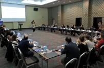 AÇıK OTURUM - Çeşme'de 'Mülteci Hakları İçin Medya Ve Sivil Toplum İş Birliği' Toplantısı