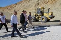 YOL YAPIMI - Elazığ'a Özel İdare 1 Yılda 147 Milyon 128 Bin Liralık Hizmet Yaptı