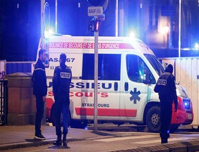 Noel pazarına silahlı saldırı: 2 ölü 11 yaralı