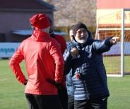 HIKMET KARAMAN - Kayserispor Teknik Direktörü Hikmet Karaman Açıklaması 'Tek Odaklandığımız Nokta Akhisarspor'