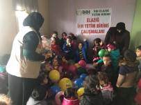 FIRAT KALKANI - Örülen Atkı Ve Bereler Azez'e Ulaştı