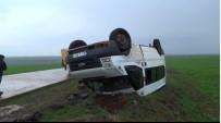 ÖĞRETMENLER - Siverek'te Öğretmenleri Taşıyan Minibüs Takla Attı Açıklaması 13 Yaralı