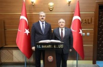 ÖMER TORAMAN - Vali Ömer Toraman'dan, Vali Ahmet Hamdi Nayir'e Ziyaret