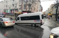 İŞÇİ SERVİSİ - Yol Çöktü, Servisteki 3 Kişi Yaralandı