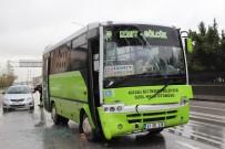 2 Halk Otobüsü Çarpıştı Açıklaması 5 Yaralı