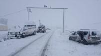Eleşkirt'te Trafik Kazası Açıklaması 23 Yaralı
