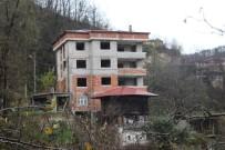 Emniyet Müdürü'nü Şehit Eden Polis Memurunun Trabzon'daki Baba Ocağında Sessizlik Hakim