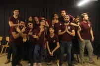 SEVINDIK - Gerçek Hayattaki Azimlerini Tiyatroda Doğaçlıyorlar