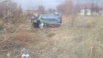 Metrelerce Takla Atan Otomobilden Yaralı Olarak Kurtuldu