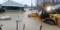 SU BASKINI - Sağanak Yağış Köyü Sular Altında Bıraktı
