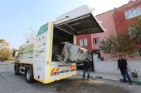 ÇÖP KONTEYNERİ - Saruhanlı'da 4 Bin Çöp Konteyneri Yıkanıyor