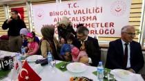 SOSYAL HİZMETLER - Vali Ekinci'den Şehit Çocuklarına Hediye