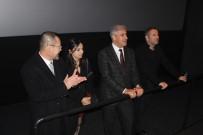 ALıŞVERIŞ - Arnavutköy'de Açılan İlk Sinema Salonuyla Çocuklar Sinemada Film İzlemenin Keyfini Yaşadı
