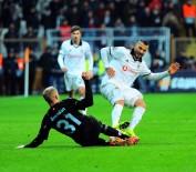OĞUZHAN ÖZYAKUP - Beşiktaş Avrupa'ya veda etti!