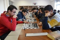OKUL MÜDÜRÜ - Biga'da Satranç Turnuvası Düzenlendi