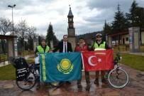 YABANCI TURİST - Bilecik Bisikletli Grupların Uğrak Yeri Oldu