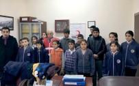 ALI ERDOĞAN - Kızılay'dan Öğrencilere Kışlık Kıyafet Yardımı