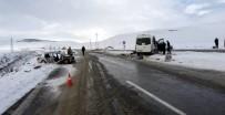 Otomobil İle Midibüs Çarpıştı Açıklaması 8 Yaralı