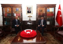 VASIP ŞAHIN - Başkan Yaşar'dan Vali Şahin'e Hayırlı Olsun Ziyareti