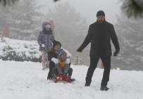 ANKARA VALİLİĞİ - Başkentli çocuklar kar tatilinde eğlendi