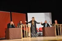 KARAÖZ - Halk Tiyatrosu Seyirci İle Buluştu
