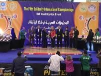 TAŞPıNAR - Halterde Erkek Ve Kadın Milli Takımından 35 Madalya