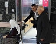 PERSONEL ALIMI - Hayatı Asansörde Geçiyor, Günlük 600 Kez İnip Çıkıyor