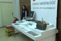 ELEKTRİK KABLOSU - İstanbul'da Tarihi Eser Kaçakçılarına Operasyon