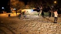 KAR TOPU - Manisa'da Kar Yağışı